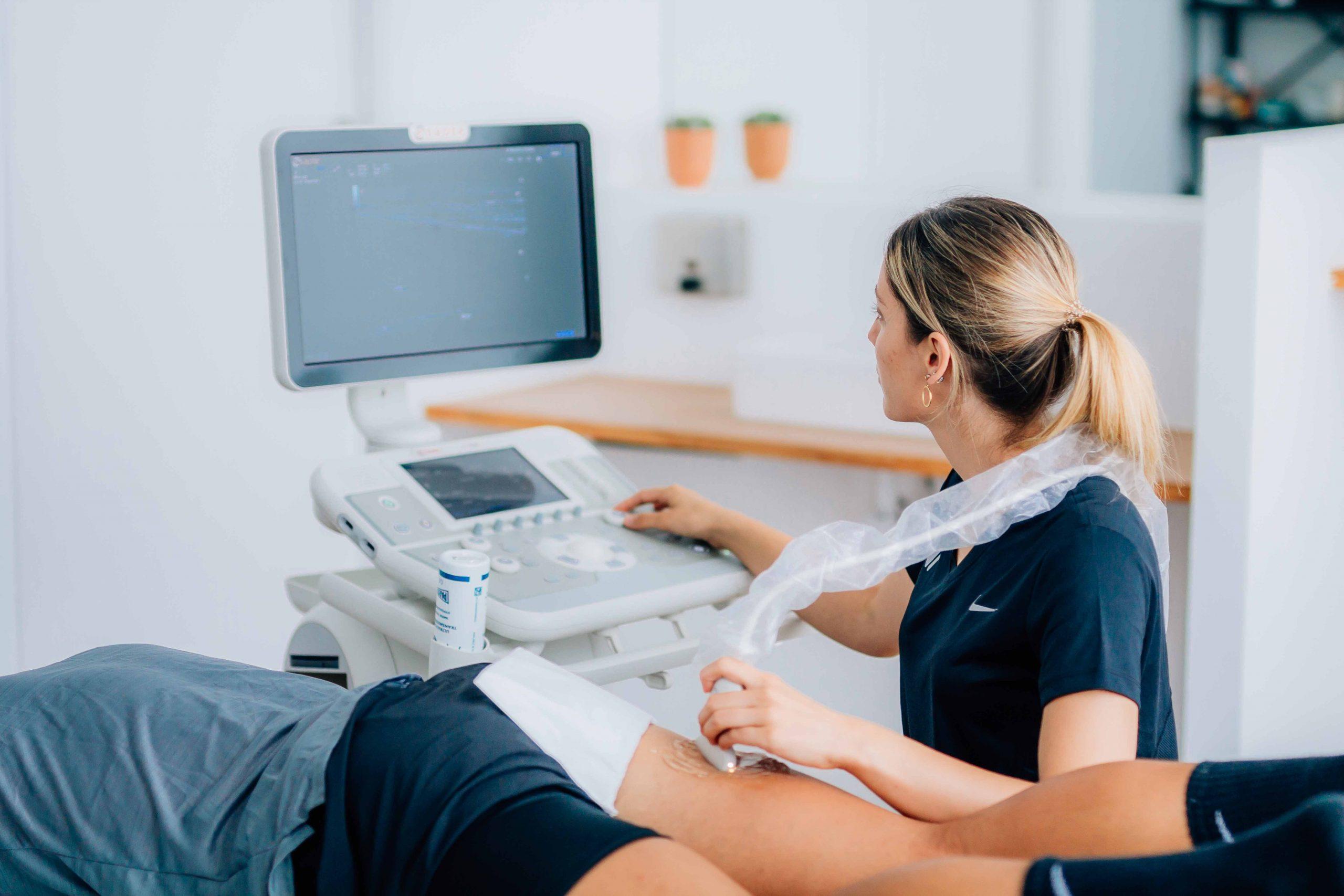 ecografia-terrassa-indiba-centre-fisioterapia